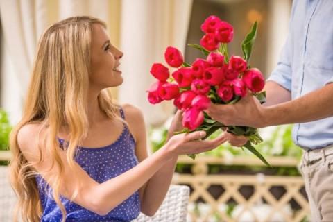 Boja cveća u skladu sa prilikom