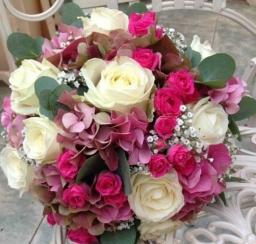 Bidermajer hortenzije i ruže