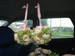 Cvetne lopte hortenzije i ruže