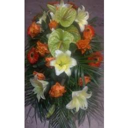 Suza ljiljani, ruže, gerberi i anturijum
