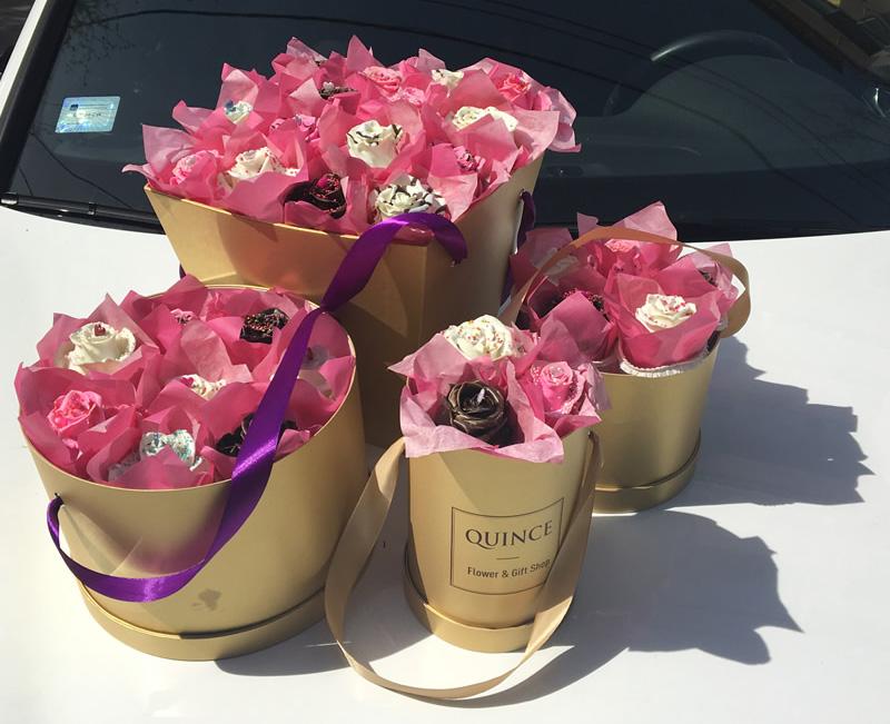 Cup Cake ruže od kolača u buketu