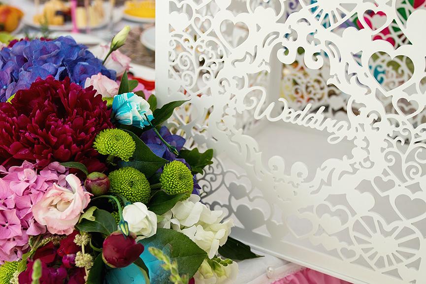 Kreativna svadbena dekoracija stolova