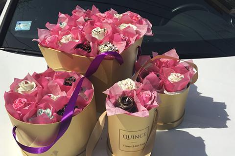 Poklonite ukusno cveće - Originalan poklon za devojku
