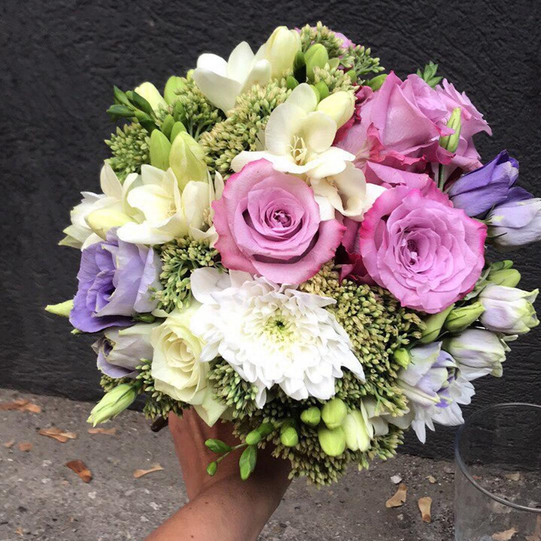 Bidermajer i cvetovi za kicenje