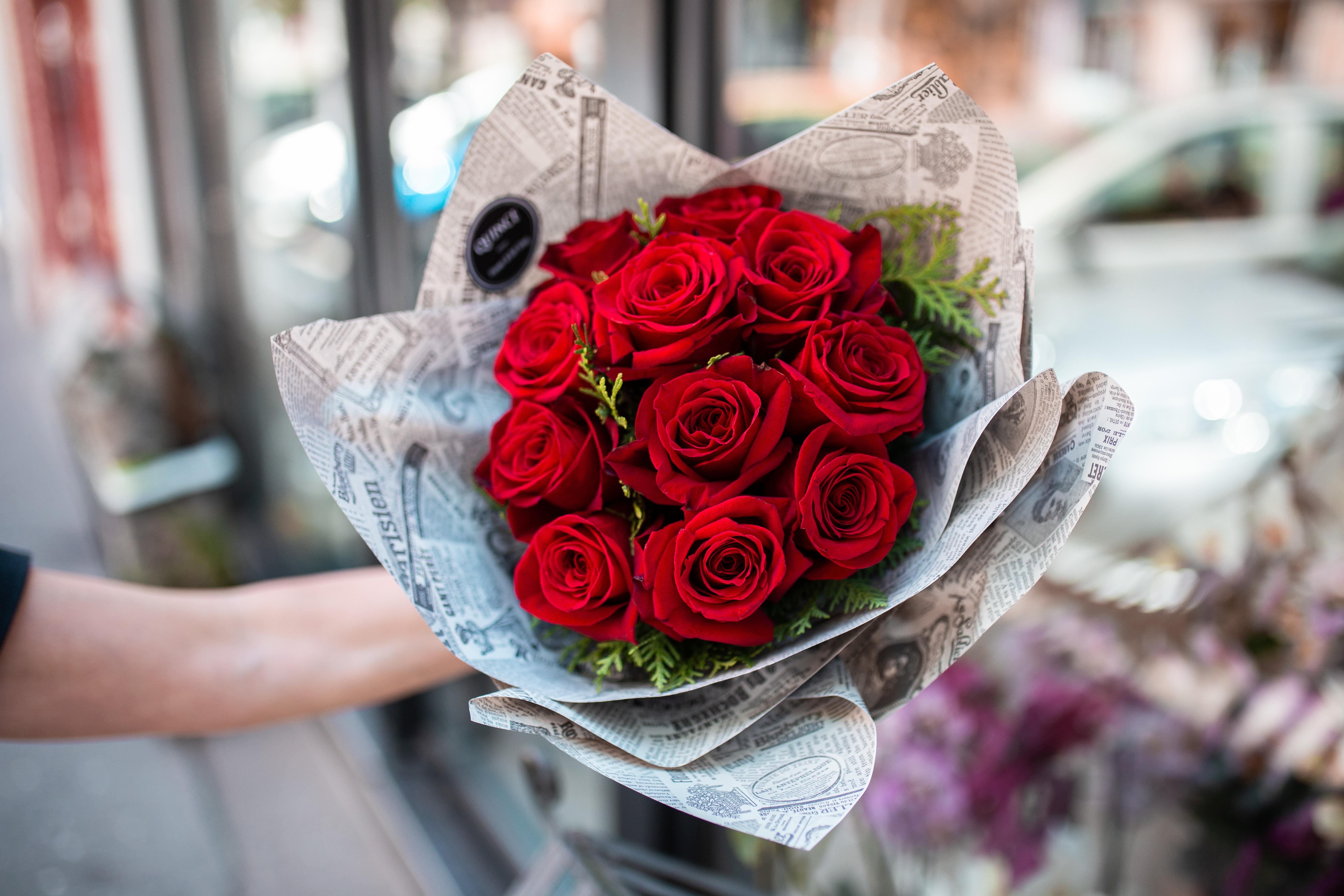 Buket sa EKV crvenim ružama