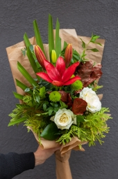 Buket ljiljan i ruže
