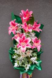 Buket orjentalni ljiljani i orhideje