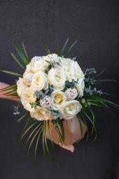 Buket sa 15 belih ruža
