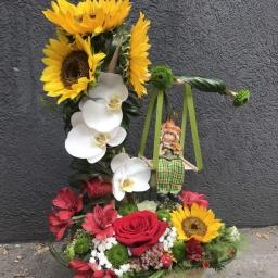 Cvetni aranzman ljuljaska