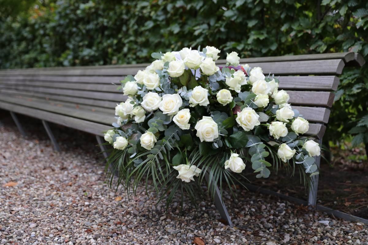 suza cvece za sahranu