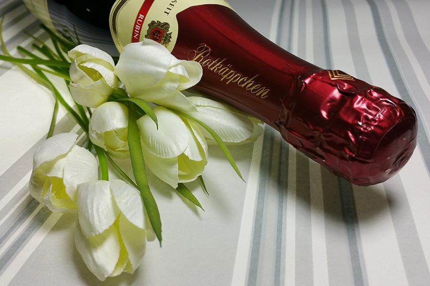 Piće i cveće za 8. mart