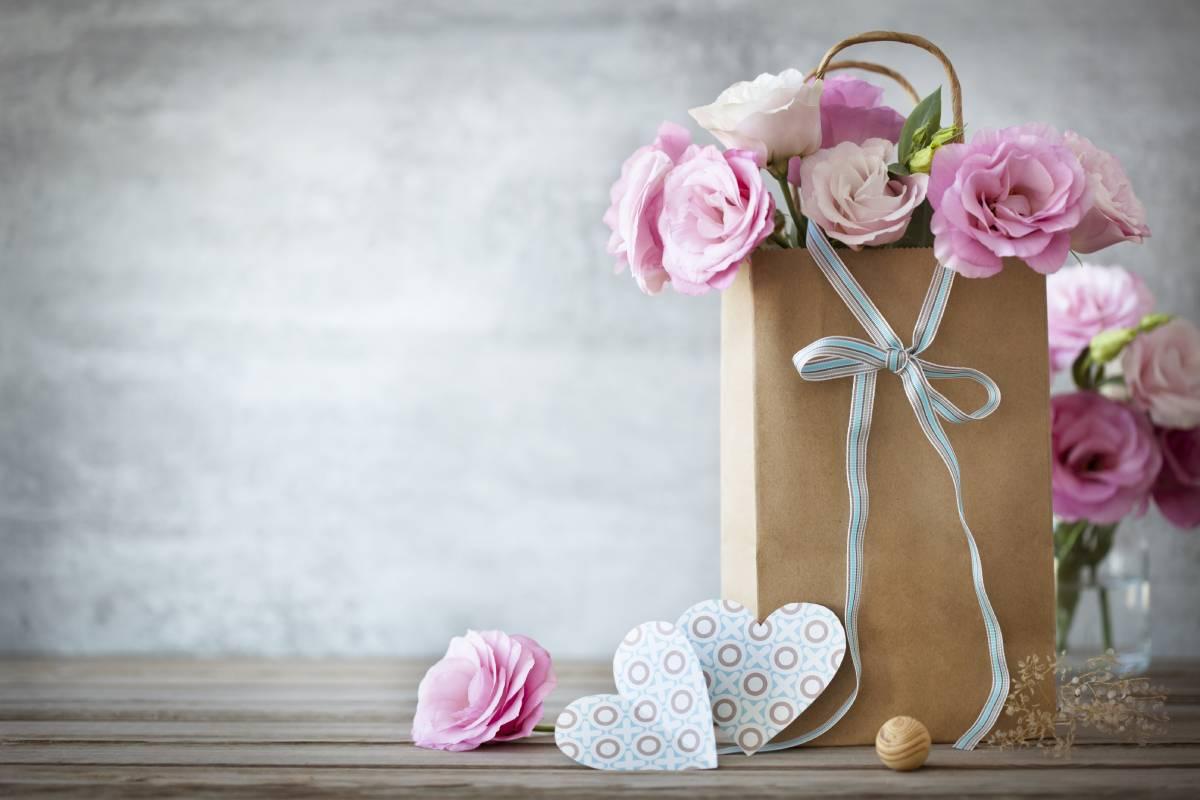 cvece dan zaljubljenih poklon